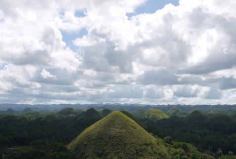 En Bohol podrás visitar las colinas de chocolate y mucho más
