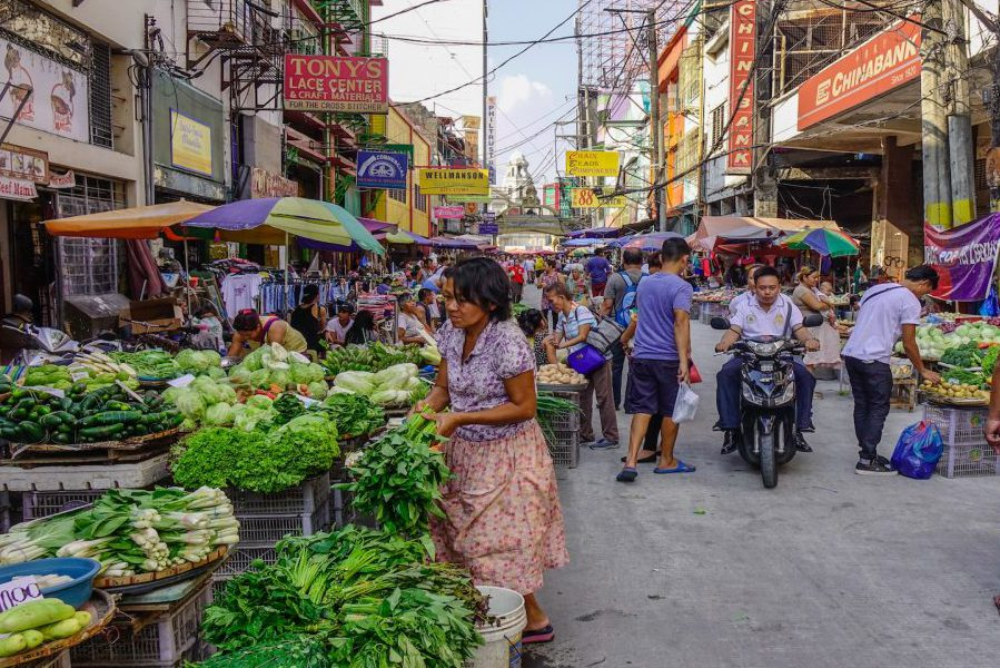 Mercado local de filipinas dónde podras encontrar los ingredientes básicos de la comida de filipinas